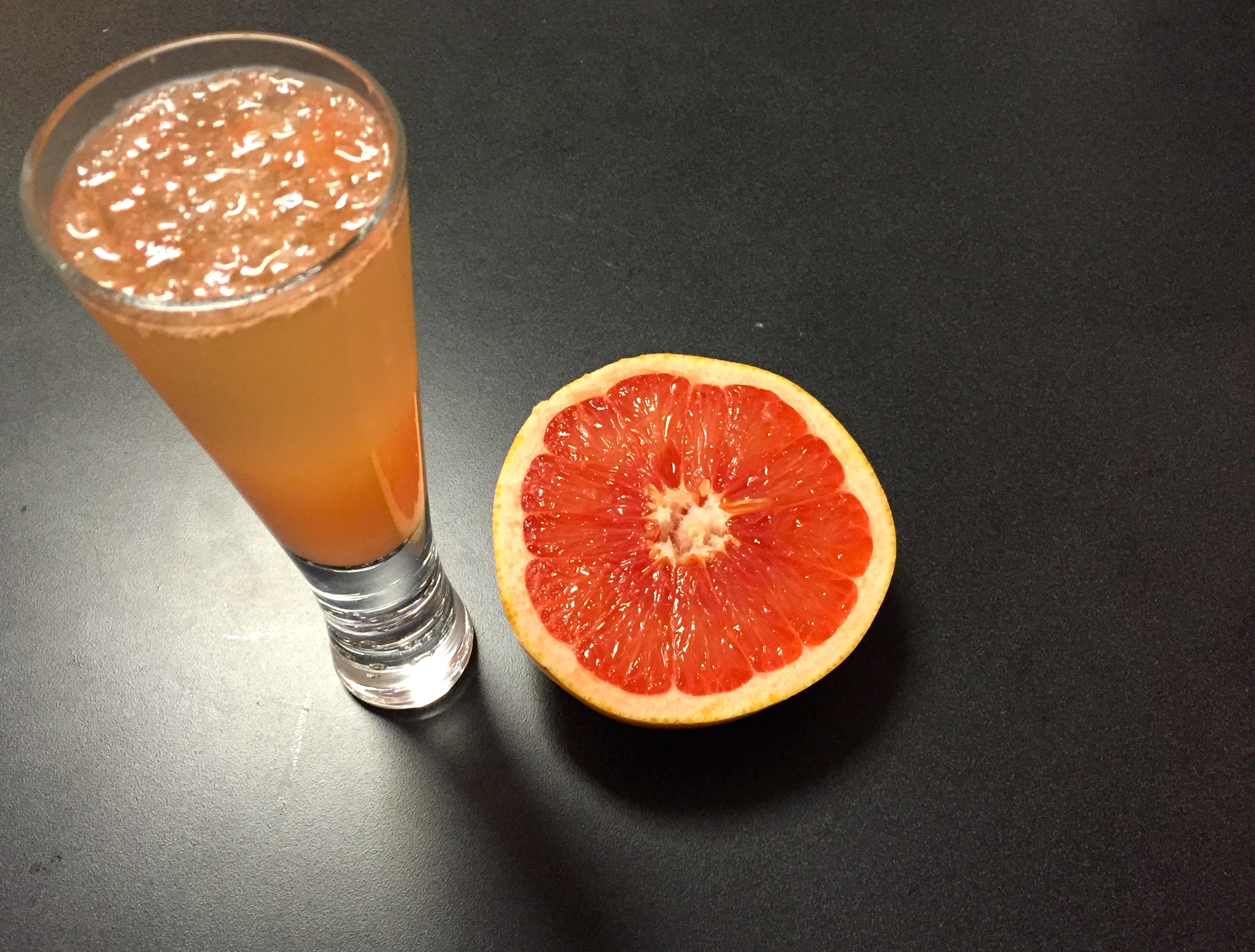ginger champagne grapefruit cocktail drink recipe